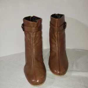 Aerosoles booties, size 8